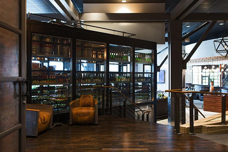 Restaurant_Entrance_6332